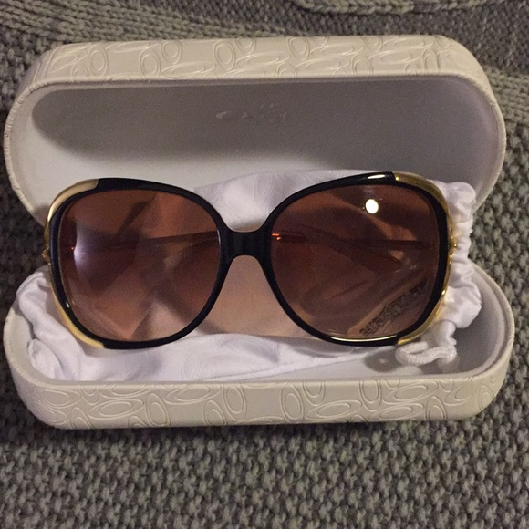 12a5559b1e7 Oakley Changeover sunglasses. M 5a9c01029cc7ef8afae8dd37